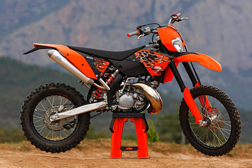 ktm 750. Posted by nt at 2:40 PM